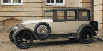 1924 ROLLS-ROYCE 20 HP PARK WARD SALOON